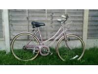 Girls/small ladies Raleigh 3 speed vintage bike