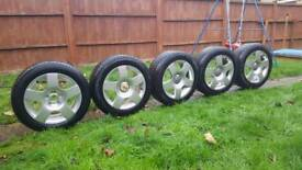 5 Alloy wheels from Audi New tyres