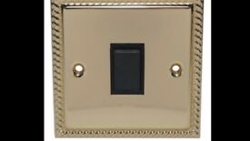 Holder 10A 2-Way Single Polished Brass & Gold Effect Light Switch.