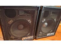 Carlsbro PA Speakers good condition worling perfectly come with free power amplifier