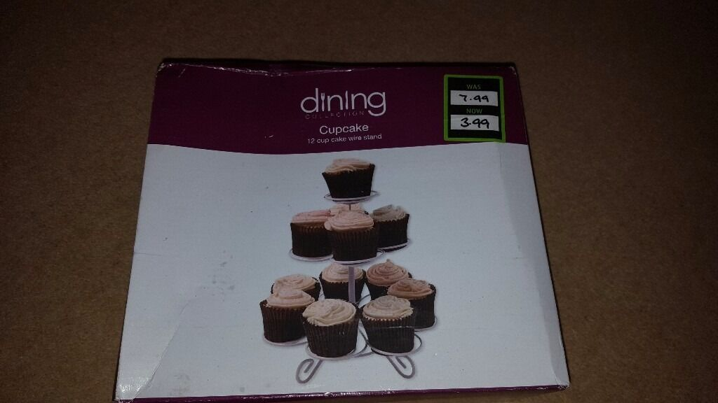 Cupcake stand and storage box
