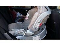 Graco Junior car seat and base Group 0
