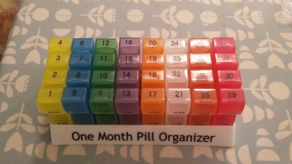 One Month 32 Day Daily Pill Organiser Pill Box Organizer