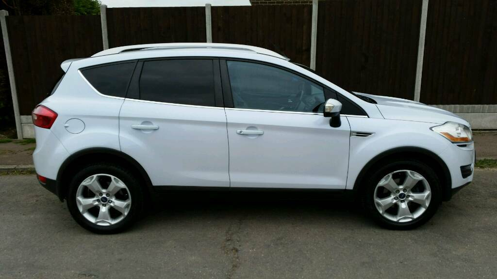 ford kuga 2 litter tdci titanium pearl white 2009 plate 1997cc 4 wheel drive in stowmarket. Black Bedroom Furniture Sets. Home Design Ideas