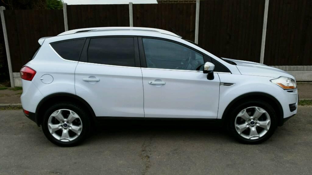 Ford Kuga  Litter Tdci Titanium Pearl White Cc  Wheel Drive
