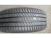 Michelin Primacy 3 215 / 55 R 16 brand new car tyre fitted on a wheel ready to use