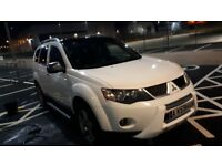 Mitsubishi outlander warrior 7seater full leather