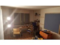Live in Music production / rehearsal room for band / producer BN41