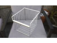 FREEZER WIRE BASKET FOR AMERICAN STYLE WHIRLPOOL FRIDGE FREEZER MODEL S20D RSS10-A/G IN EXCELL COND
