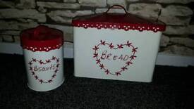 Bread and biscuit tin