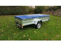 New car trailer 7.7 x 4.2 and flat cover free