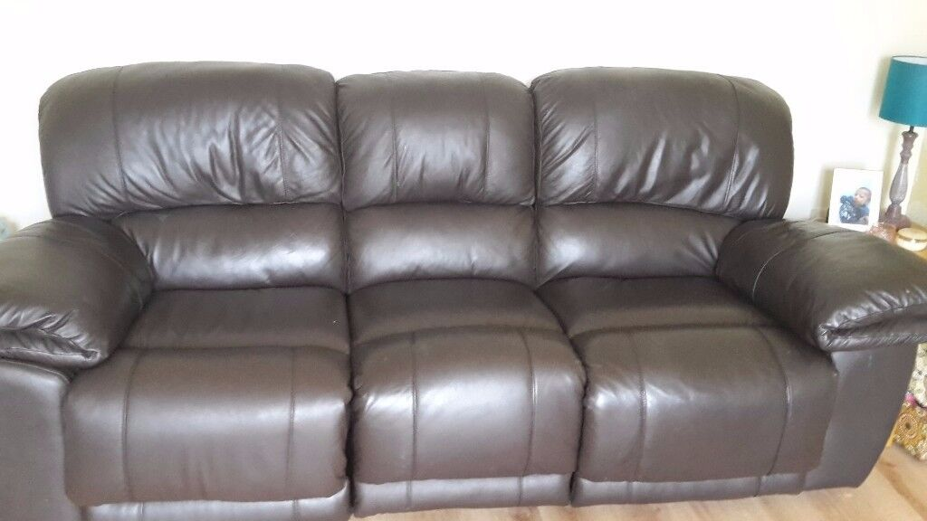 3 seater sofa and a 2 seater sofa for free