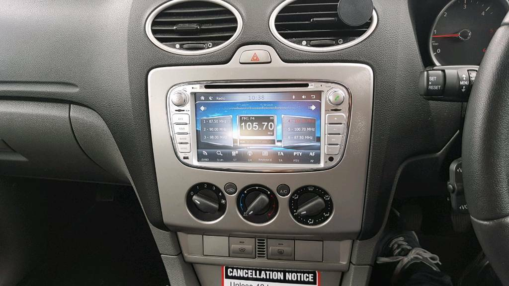 ford focus sat nav stereo in halesowen west midlands. Black Bedroom Furniture Sets. Home Design Ideas