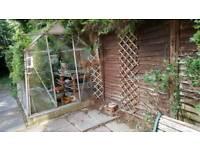 Greenhouse with sliding door
