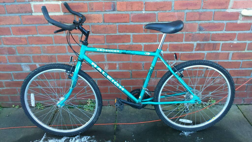 Adults Raleigh mountain bike 18 inch frame good working condition and ready to ridein Sunniside, Tyne and WearGumtree - 26 inch wheels with good tyres, 15 speed shimano lever shift gears, good brakes, good seat, can deliver for cost of fuel, contact bill 07478309256 sunniside NE16 5NU