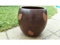 House plant pot leaf design