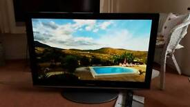 "42"" Plasma Panasonic HD TV and with built in Freesat and Freeview (Flat screen) - & good for gamers"