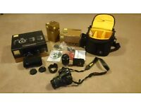 Nikon D3200 double zoom kit in great working condition