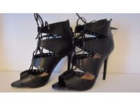 Just Fab ladies high heel sandals size 7 worn once