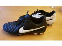 Nike Tiempo Football Boots - size UK10