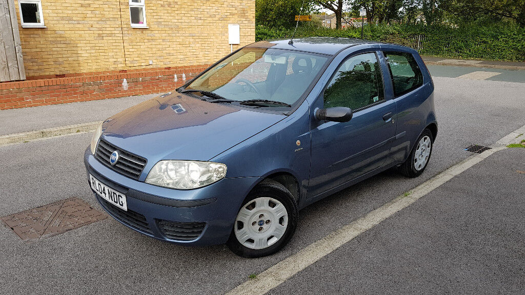 Fiat Punto 1.2 2004 Genuine Very Low mileage 28k Drives as new 12 Months M.O.T
