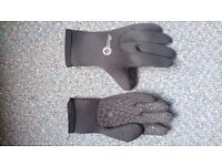 3mm wetsuit gloves