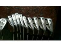Set of top flite golf clubs