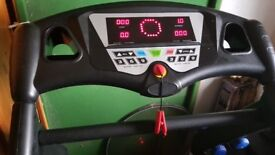 New Fitness ES01 Motorised Running Machine/Treadmill