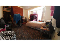 AMAZING 3 Double rooms in BARKING / UPNEY, 20 min from LIVERPOOL STREET !! ALL BILLS INCLUDED !