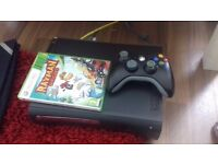 Selling xbox 360 1 controller and one game