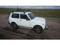 Lada Niva 4x4 - LPG converted with roof rack and side rails