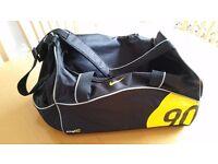 Nike total90 Sports Bag