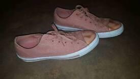 Ladies rose gold toe cap/ blush converse size 7