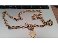Ladies Super Quality Heavy Solid 9 Carat Gold T Bar Heart Necklace Chain
