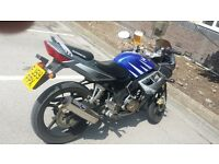 CBR125 replica very low mileage great runner willing to swap for summet bigger or 800 cash