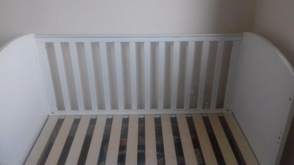 Mothercare Padstow Cot Bed In Craiglockhart Edinburgh