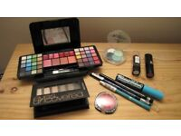 Miscellaneous face make up - nice collection for a child to play with