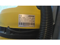 Karcher WD 2.200 vacuum cleaner working but needs new filters / bags free to collect