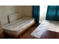 Room share 5 mins from Bethnal and Stepney Green stations