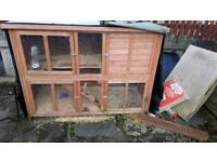 2 tier rabbit/Guinea pig hutch