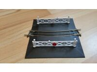 Peco Setrack OO Gauge 1st Radius Curved Level Crossing - Hornby compatible