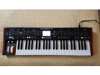 Behringer DeepMind 12 Polyphonic Analogue Synth BOXED EXCELLENT CONDITION