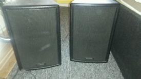 Speaker's , community veris8 , one pair of speakers