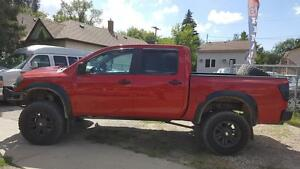 2009 Nissan Titan XE LIFTED,C.CAB,5.6L,P.Running Board