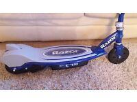 Razor E90 Scooter