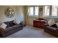 Modern 2 Bedroom Flat, Eskbank, Dalkeith, Midlothian. Suit professional person or couple.