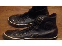 leather black converse