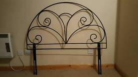 Double bed headframe