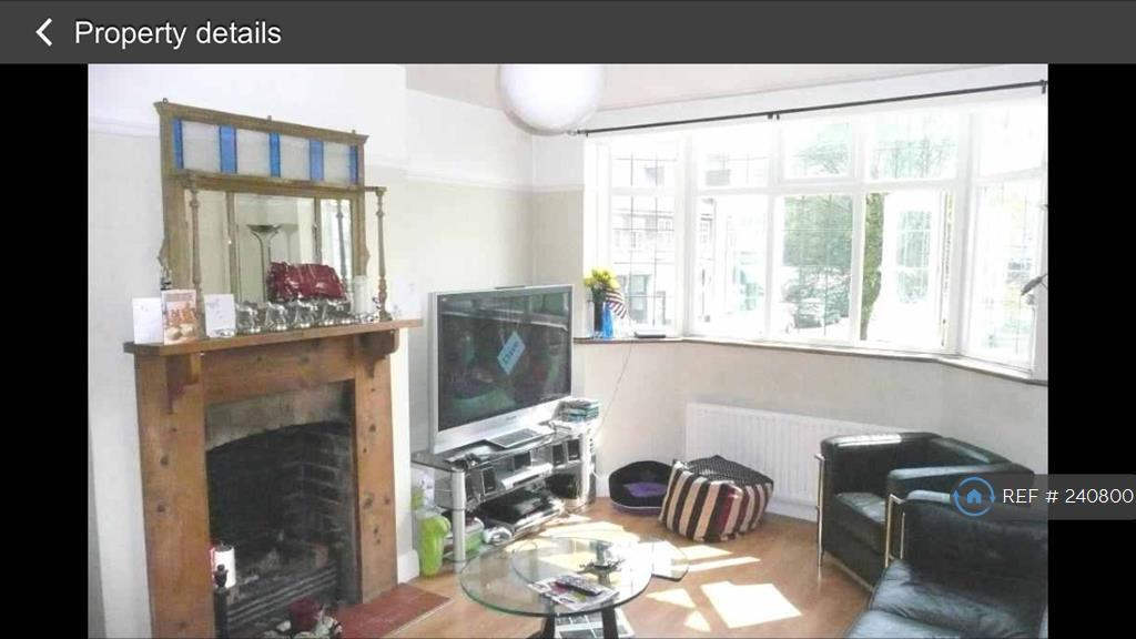 3 bedroom flat in Bradmore Green, Hertfordshire , AL9 (3 bed)