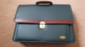 Brand New Executive Smart Briefcase in Bonded Leather by Masters London